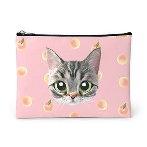 Momo the American shorthair cat's Peach Face Leather Pouch